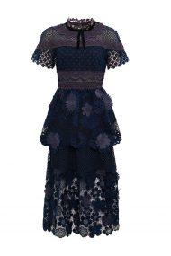 Кружевное платье с флористической 3D аппликацией