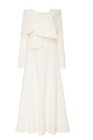 Подиумное белоснежное платье с открытыми плечами