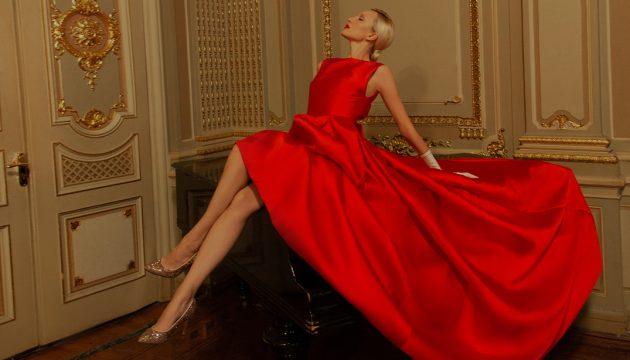 Платье на Новый год: какое выбрать для корпоратива и вечеринки?