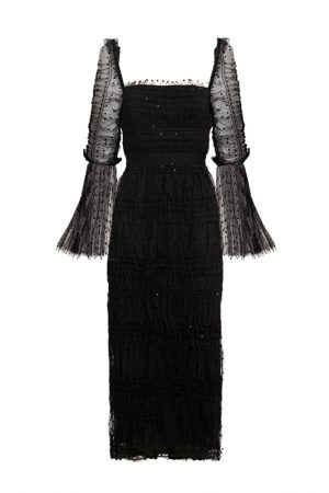 Чёрное шифоновое платье с вырезом каре