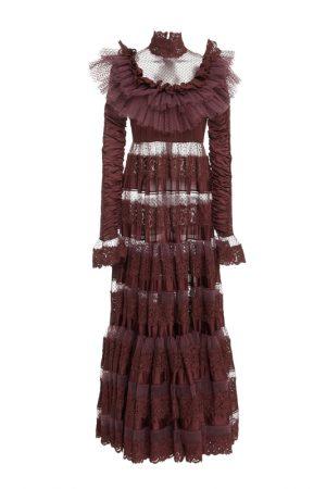 Подіумна мереживна сукня